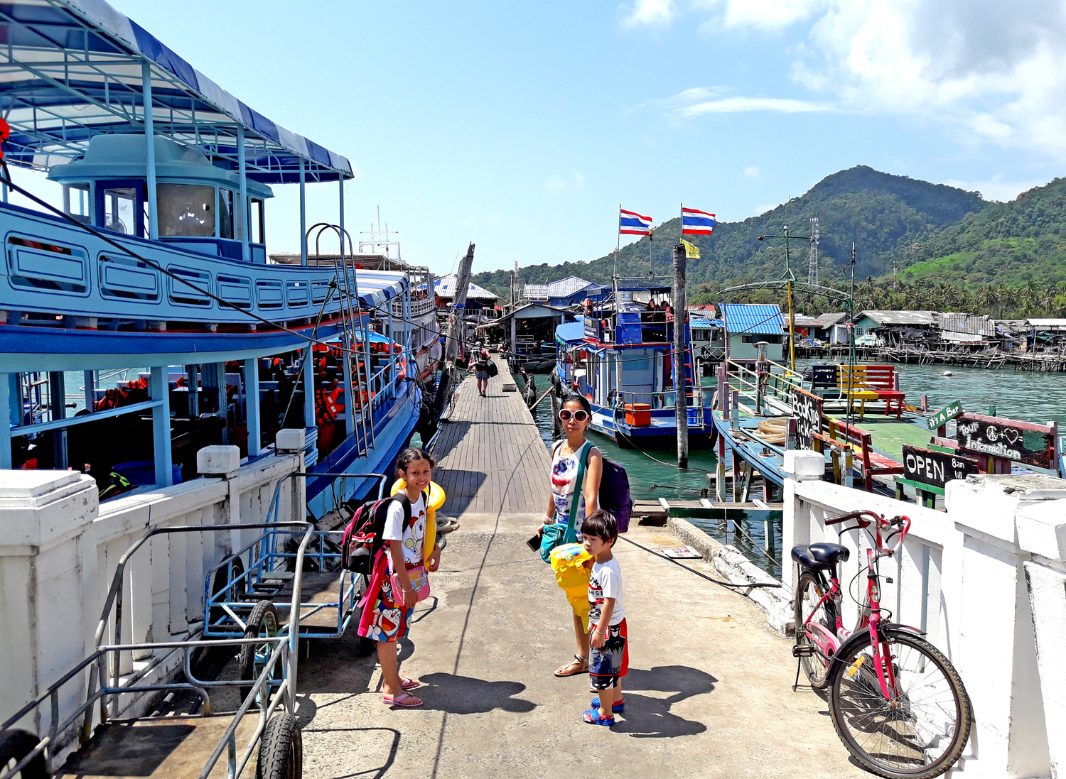 Bang Bao, Fishing Village, Ko Chang